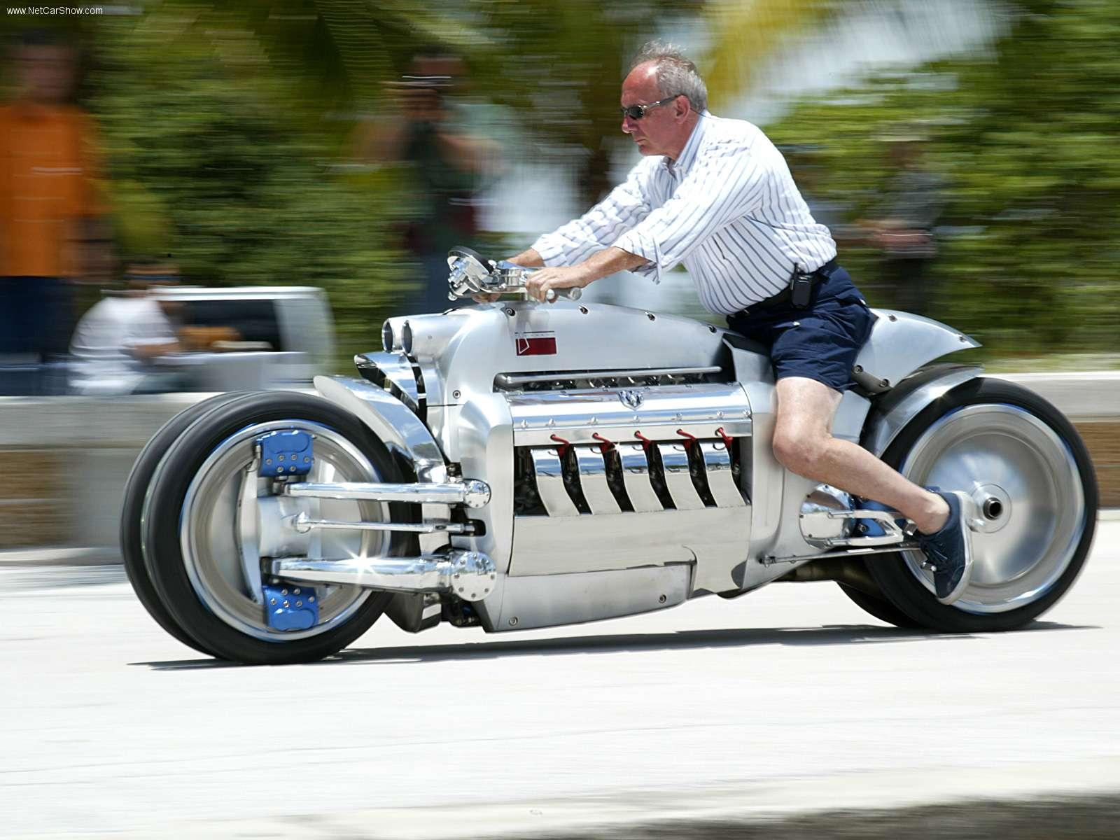 Мотоцикл Dodge Tomahawk от Chrysler.